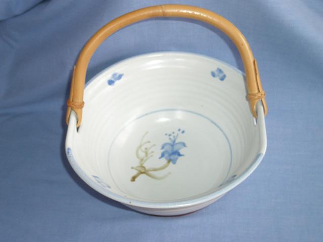 Glenshee Pottery Bamboo Handled Bowl