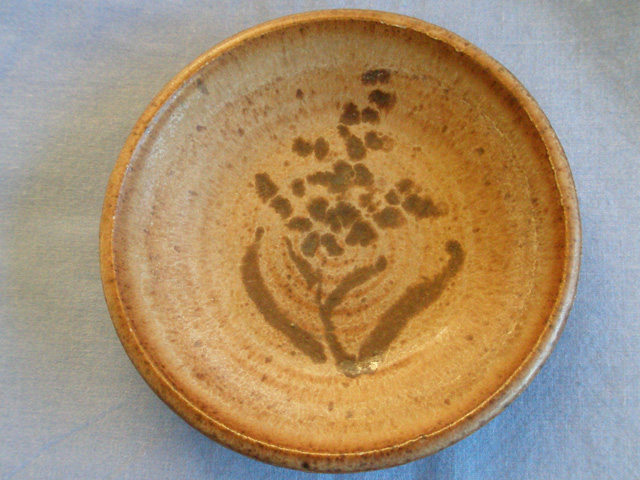 Stoneware Kimmeridge Pottery Pin Dish
