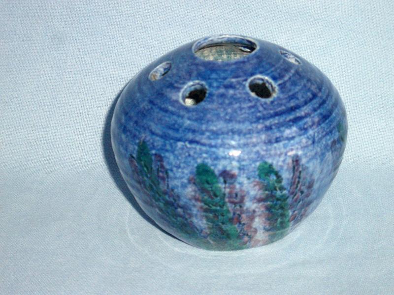 Jo Lester Isle Of Wight Studio Pottery Pot Pourri Vase