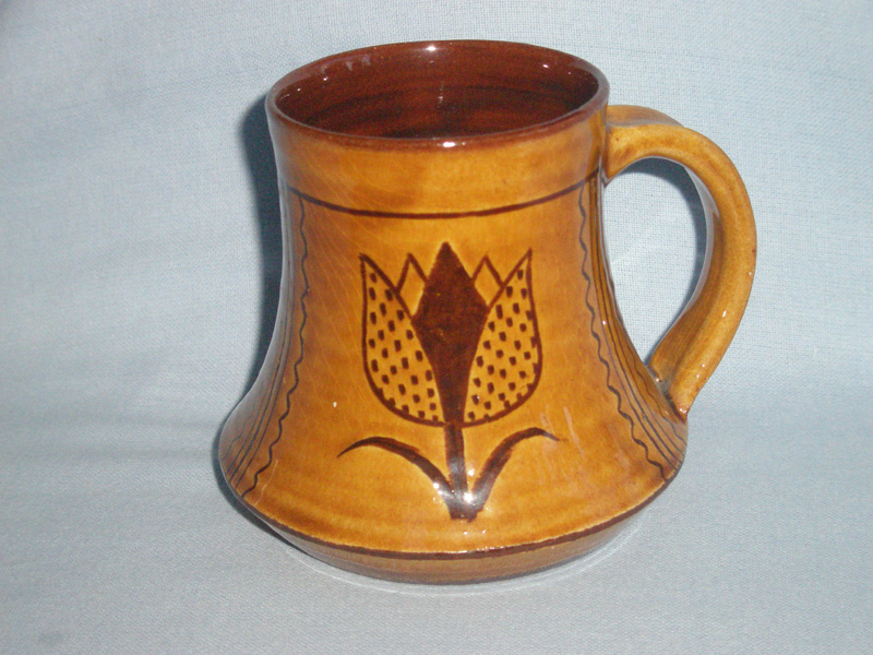Wells Studio Pottery Tulip Design Mug