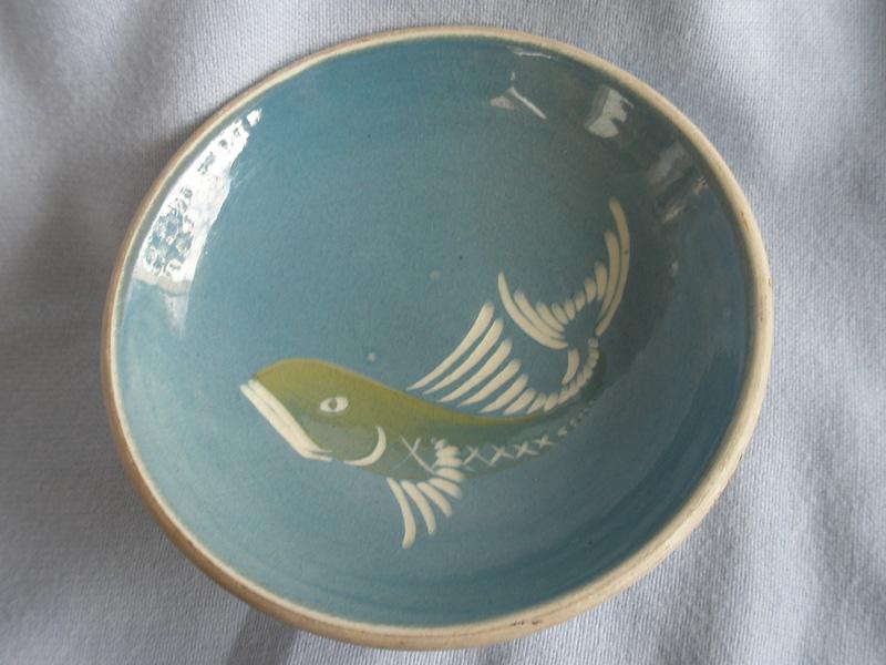 Cornish Lamorna Studio Pottery Fish Pin Dish