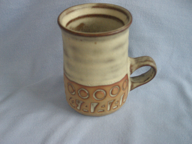 Roger & Doreen Birkett Cornish Tremar Studio Pottery Mug
