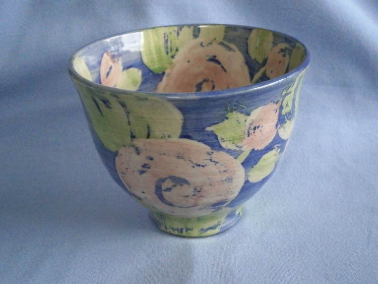Genevieve Neilson Surrey Studio Pottery Floral Bowl